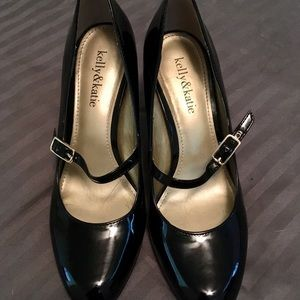 Black Mary Jane pumps, sz 7